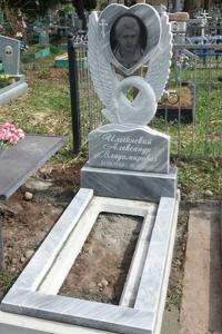 41-резной-памятник