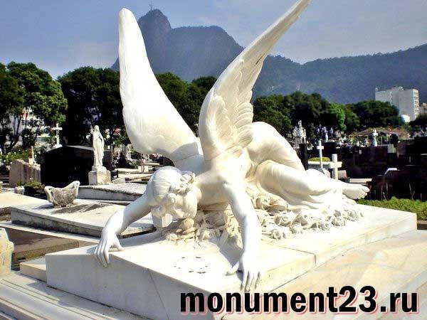 надгробная-статуя