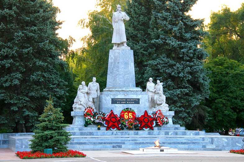 тихорецк-памятники