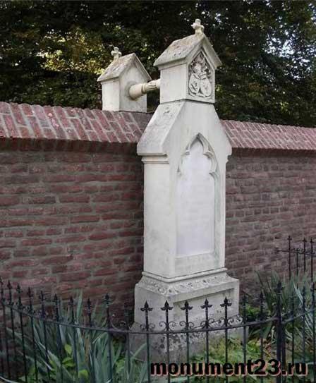 памятник-на-могилу-в-Нидерландах